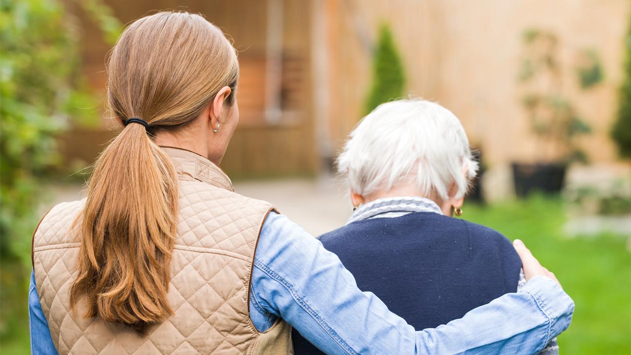 Cuidador de idosa. Cuidar para poder cuidar.